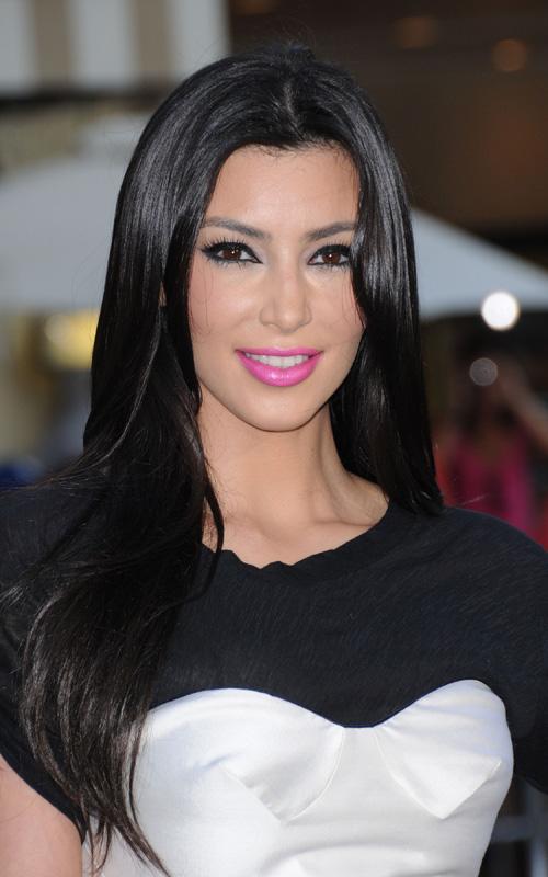 kim-kardashian-late-7219-5